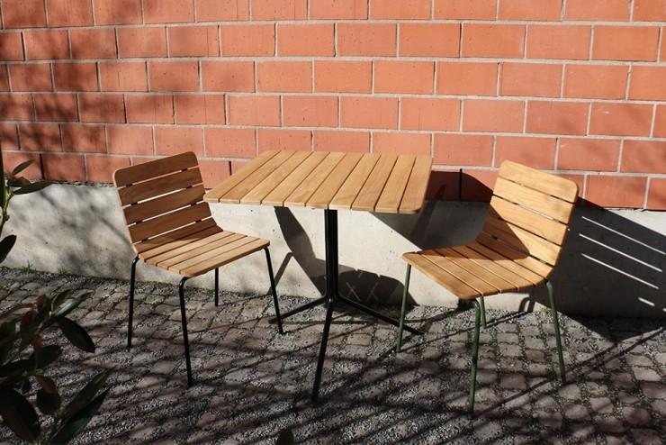 11th tafel geschikt voor binnen en buiten