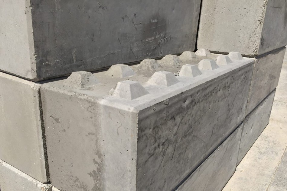 Beton blokken om straatmeubilair mee te maken