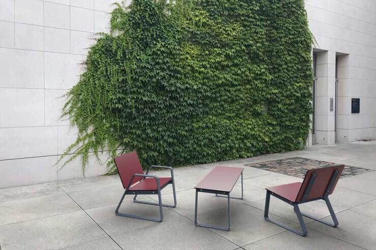 Bibi tafel met stoelen - voor buiten en binnen