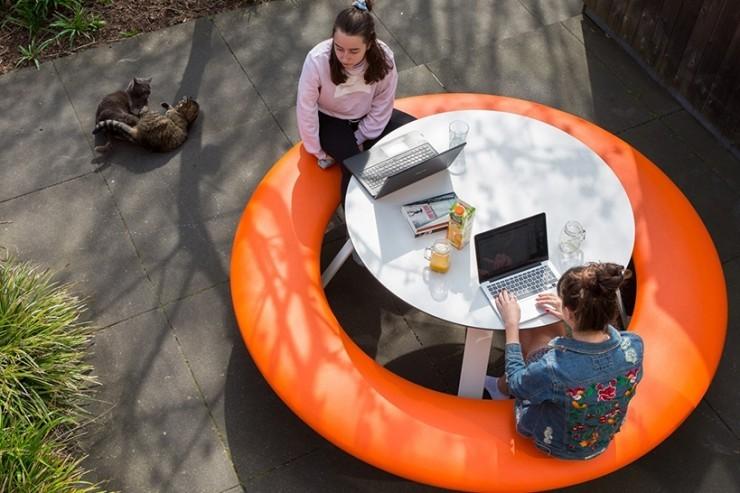 Buddy picknicktafel nodigt leerlingen uit om samen te werken