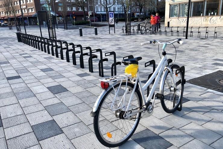 Ekeberg Fietsenrek geschikt voor de openbare pleinen en parken
