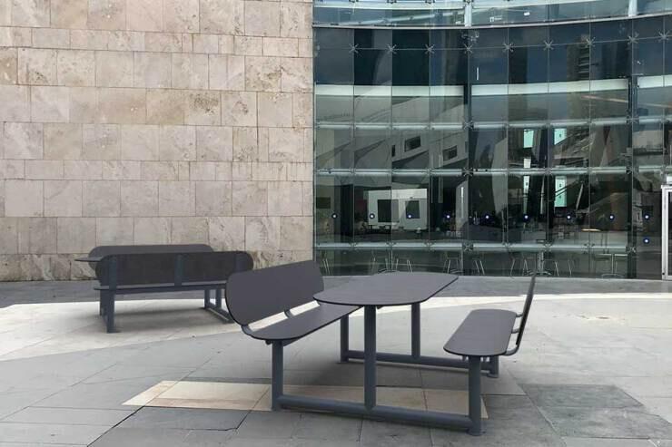 Jolly picknicktafel met rugleuning - buiten werken
