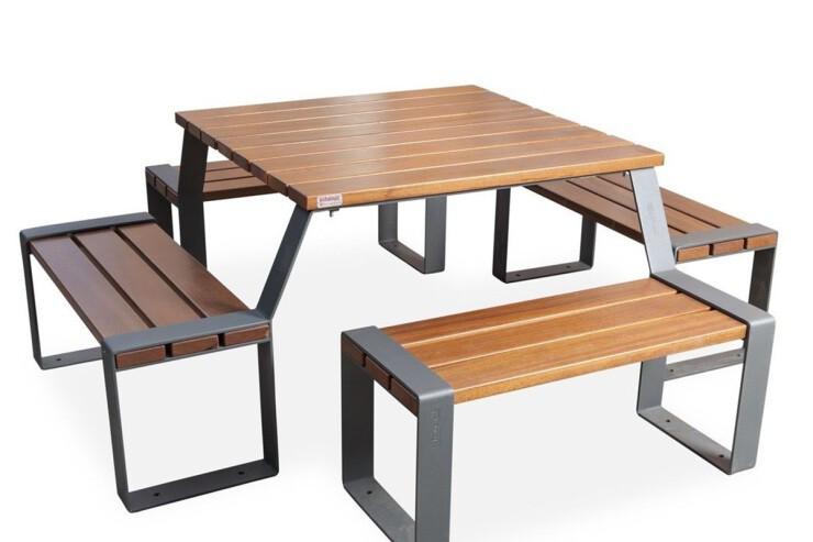 Picknicktafel Marina van hardhout en staal