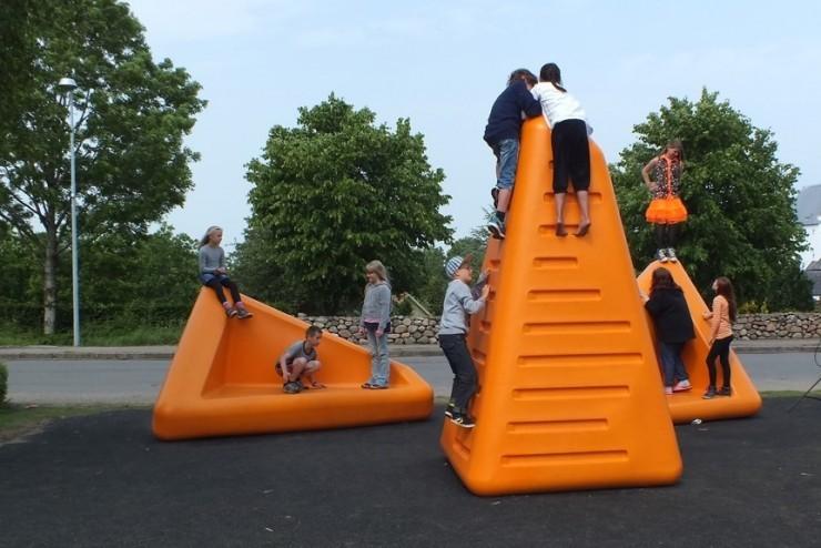 Satellite speelelement voor kinderen - oranje