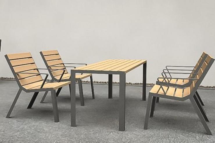 Easy tafel van hout kent een stijlvolle maar eenvoudige uitstraling