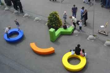 Loop Boa Zitelement nodigt uit om te zitten en te spelen