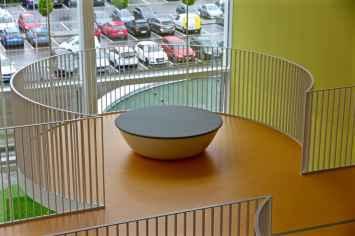Saturnus zitelement voor entree's, wachtkamers, kantoren, bedrijven en pleinen