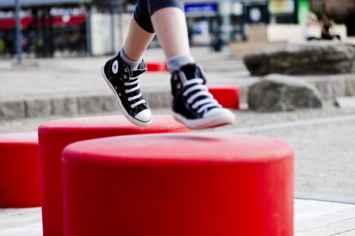 HopOp 500 kruk nodigt kinderen uit om te spelen