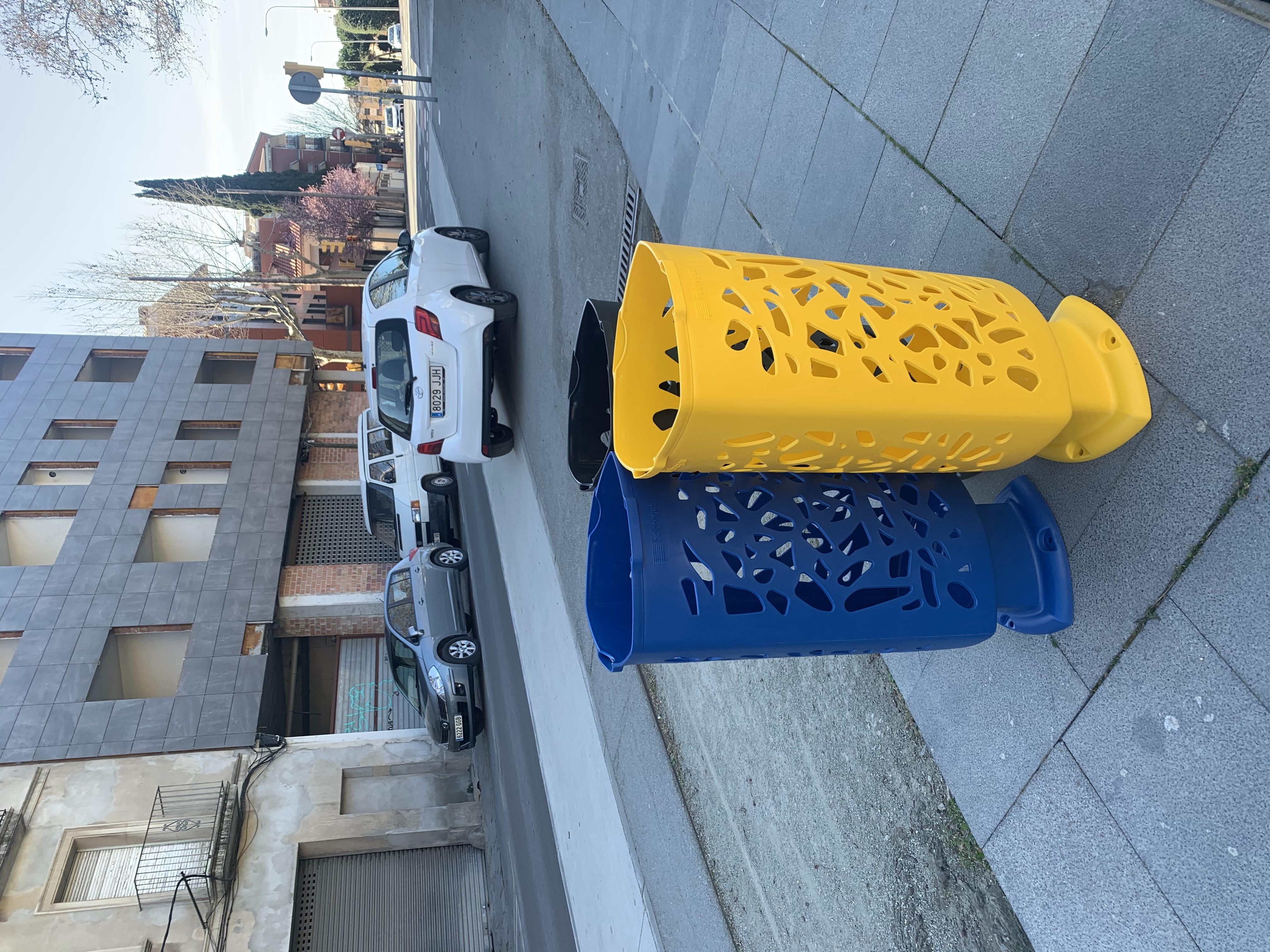 Moderne en opvallende afvalbak Scuderia