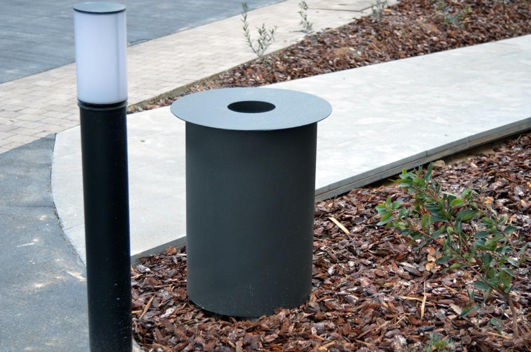 Concentrica afvalbak gegalvaniseerd en gepoedercoat staalplaat