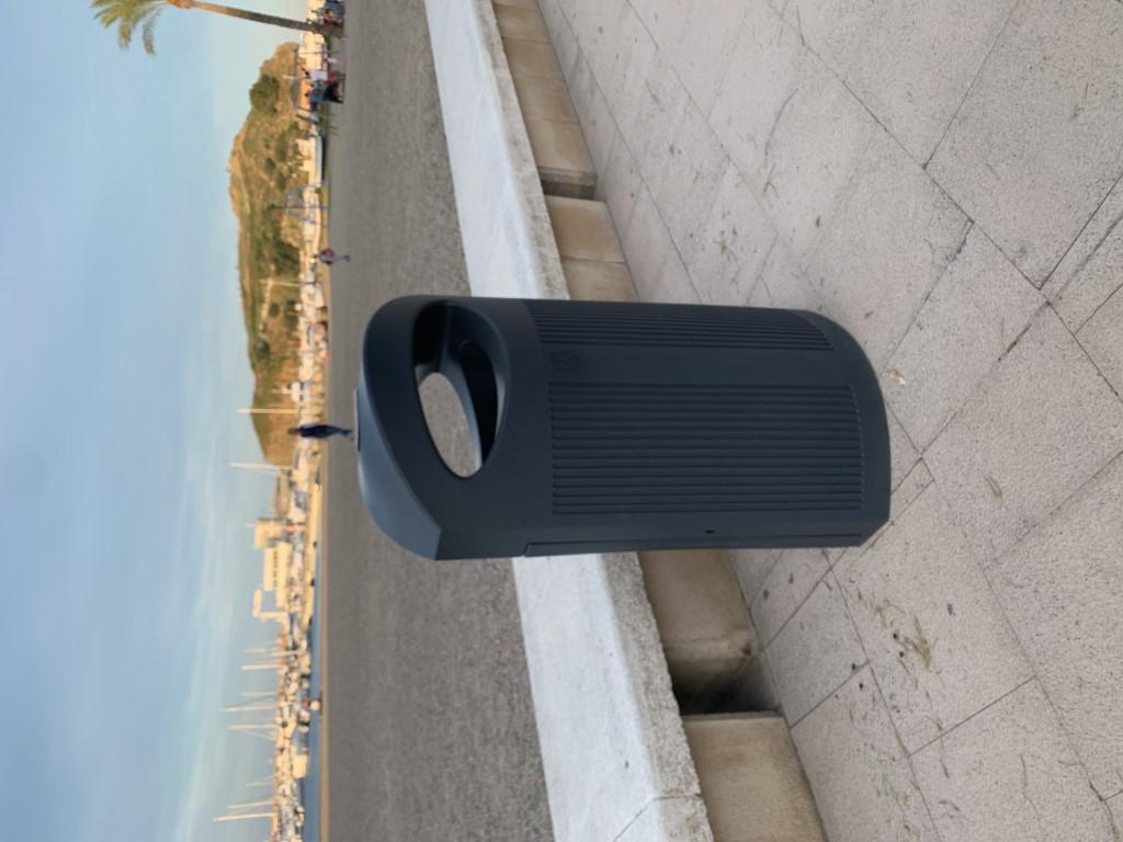 Afvalbak Ibiza met beschermkap voor buiten en binnen