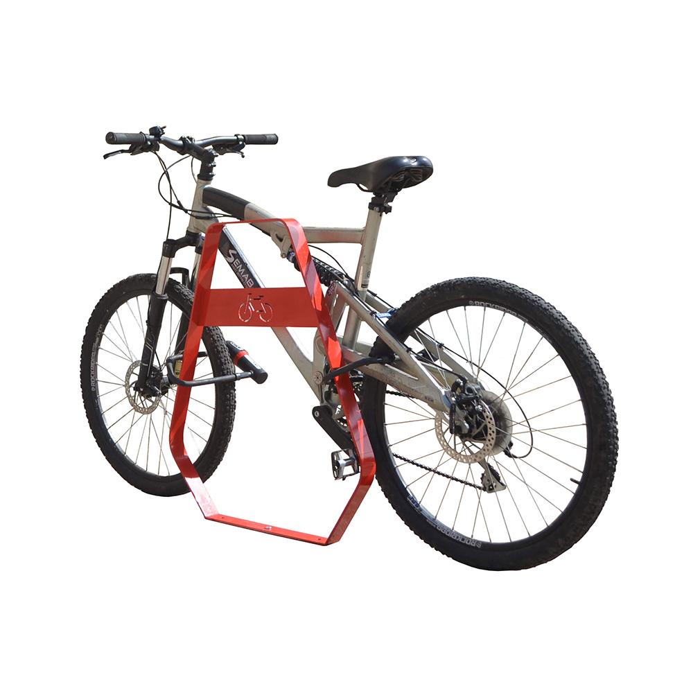 Banyoles fietsbeugel - nette uitstraling