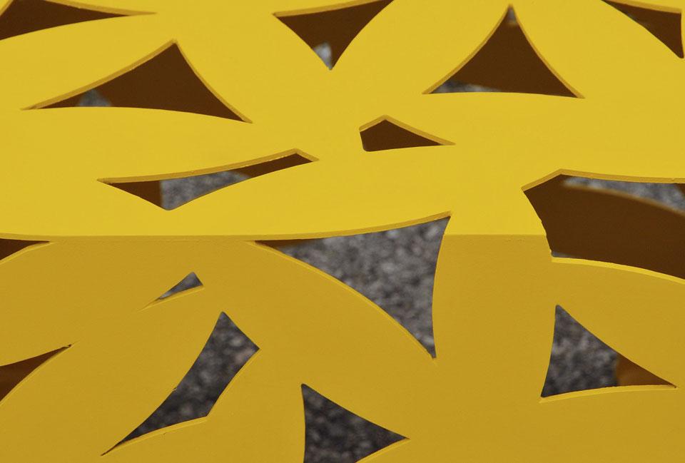 Big Bux kruk / tafel met motief van bladeren