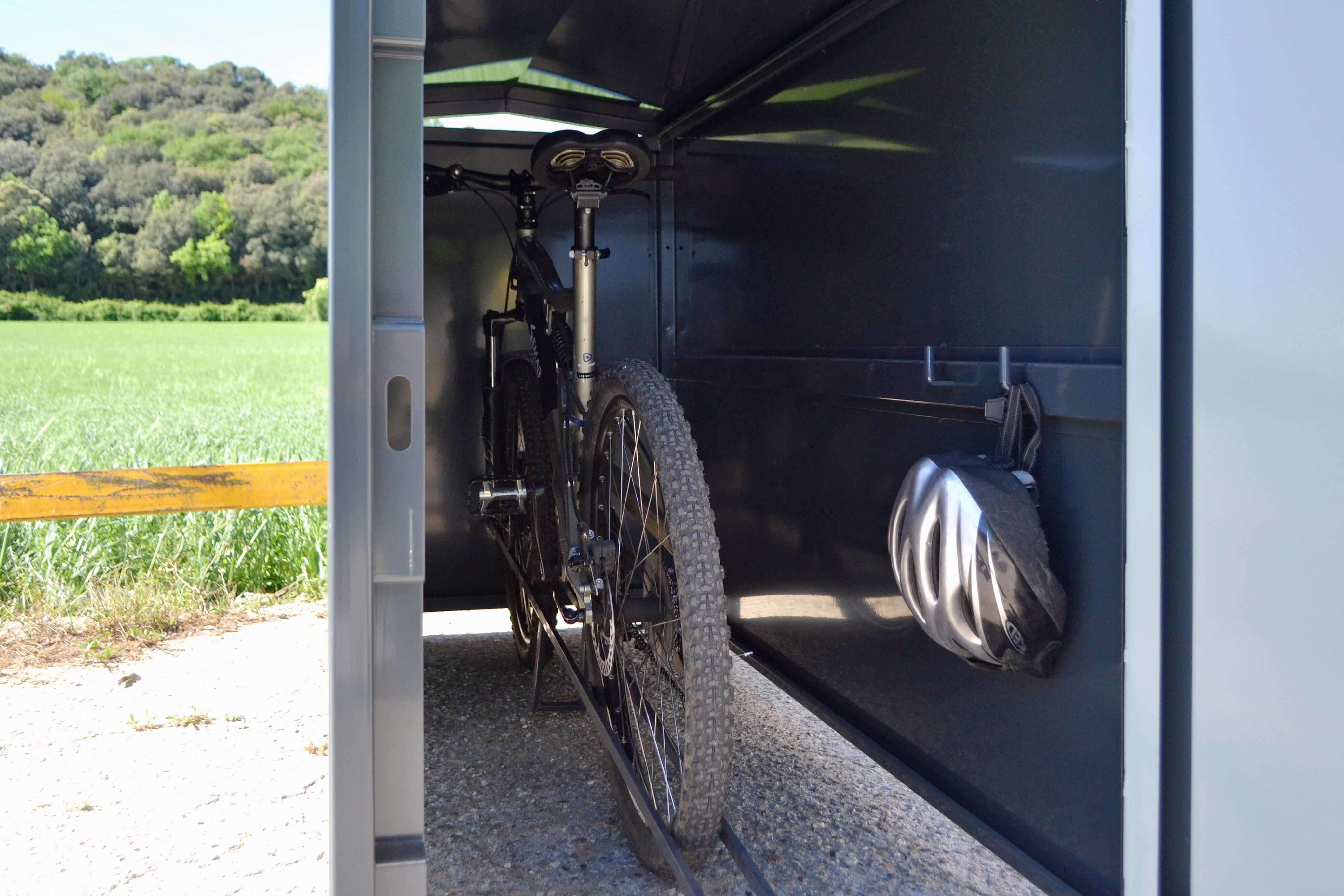 Box fietskluis - biedt ruimte aan 1 of 2 fietsen