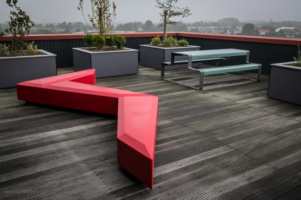 Coffin Lounge bank voor een stijlvol terras