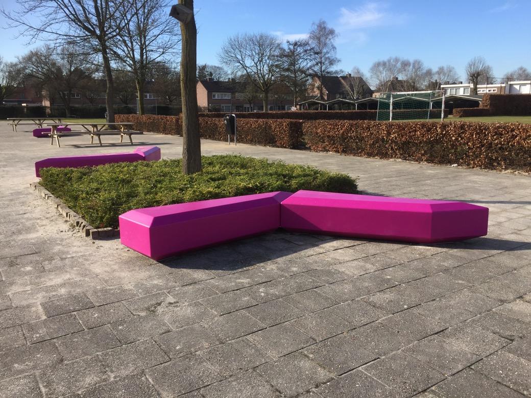 Coffin Lounge bank geschikt voor parken en pleinen