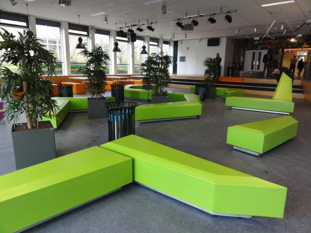 Coffin Lounge bank - Ideaal zitmeubilair voor scholen en onderwijsinstellingen