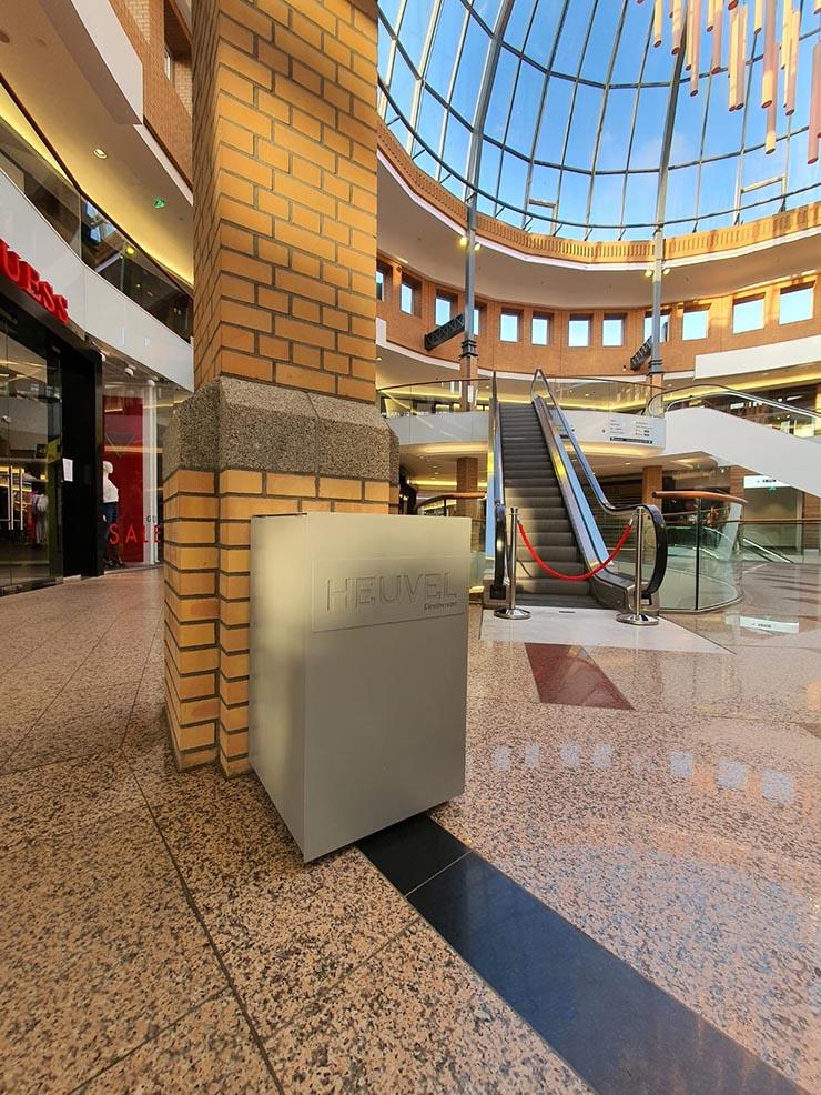 Afvalbak Foga in winkelcentrum Heuvel in Eindhoven