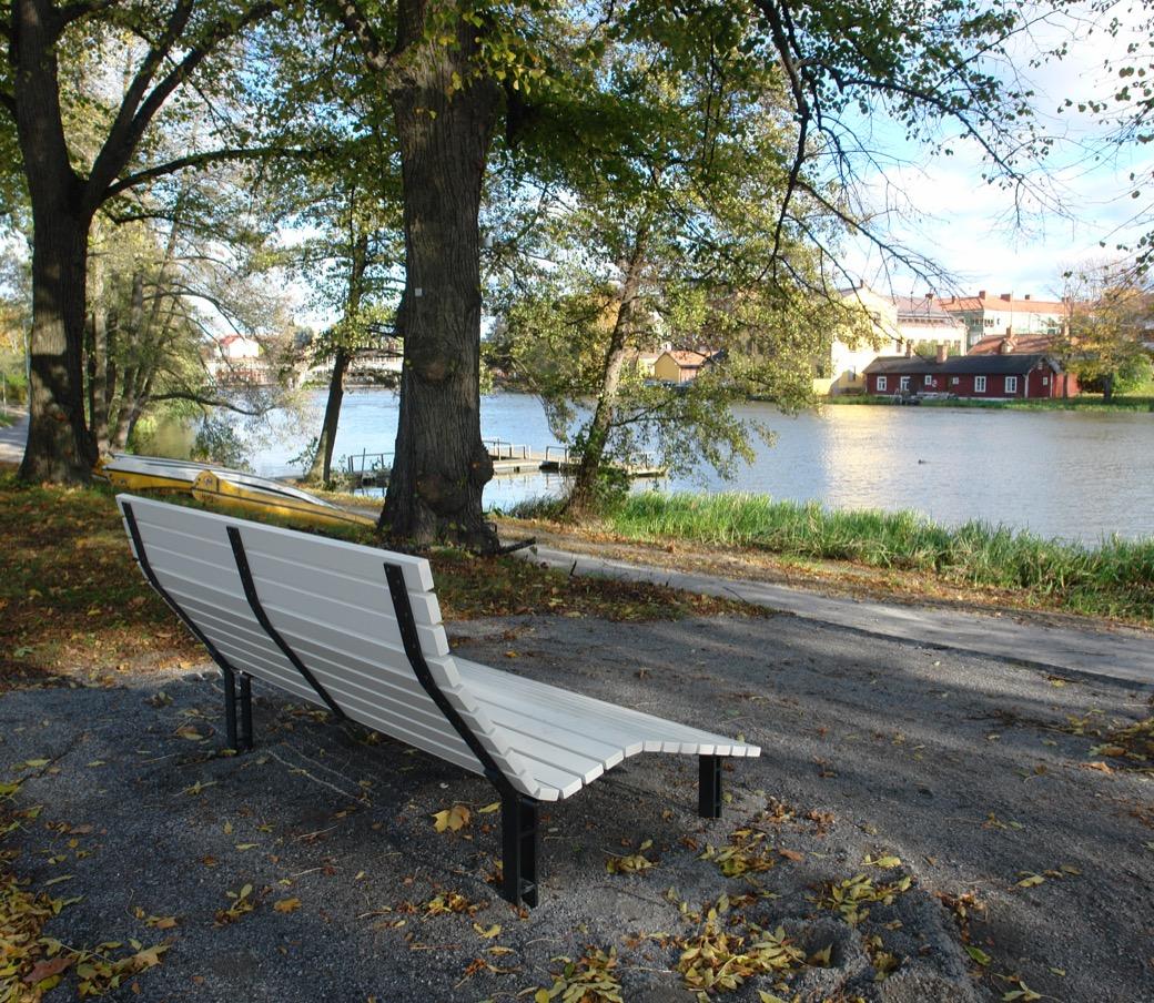 Kajen Loungebank voor parken en pleinen