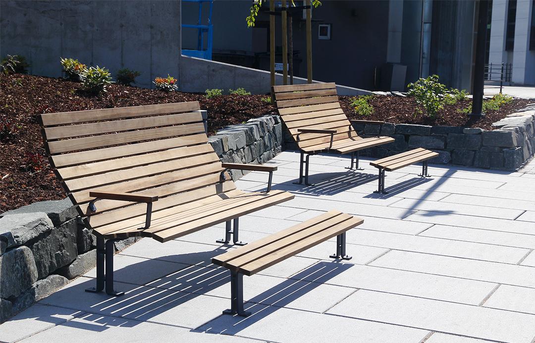 Kajen Loungebank om heerlijk in de zon te zitten