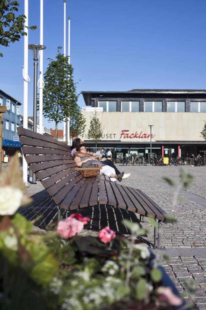 Kajen Loungebank voor pleinen