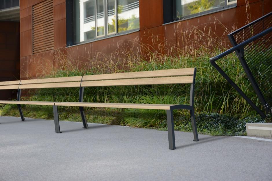 La Strada bank voor gebruik in de openbare ruimte