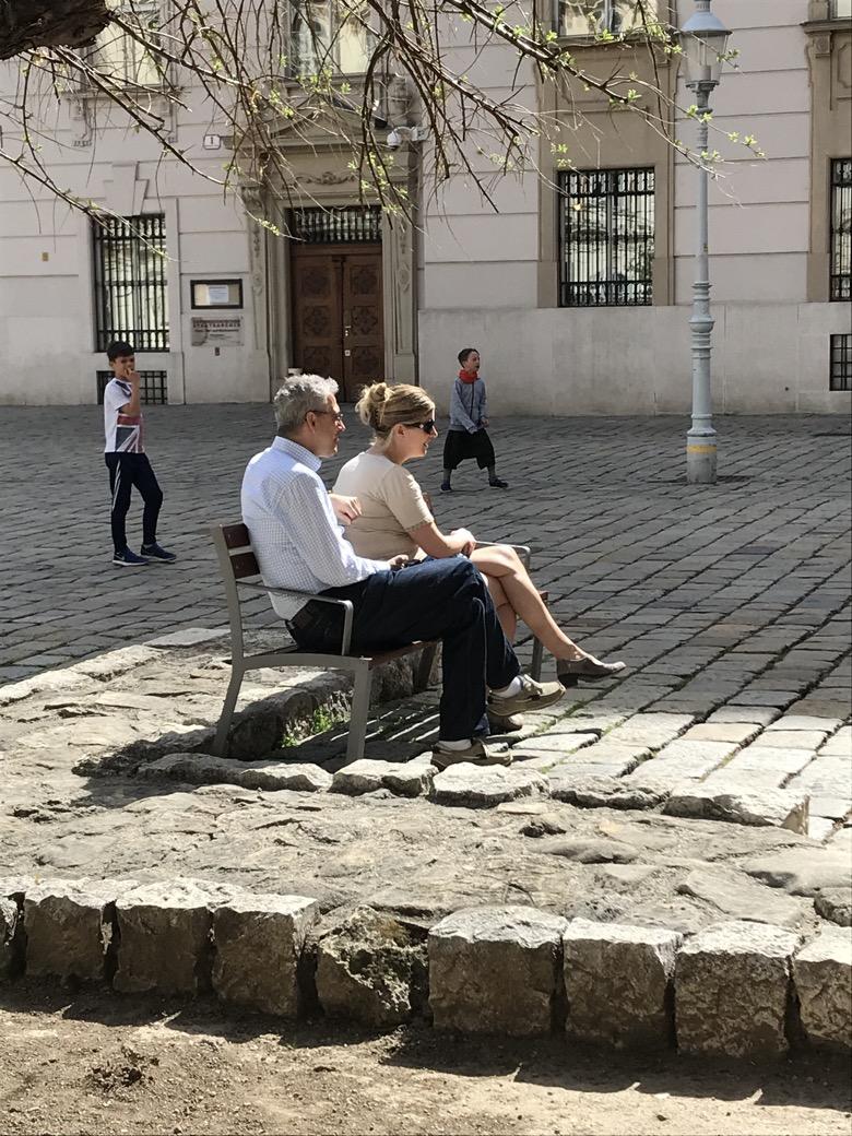 La Strada bank om te rusten, om te zitten en om in contact te komen