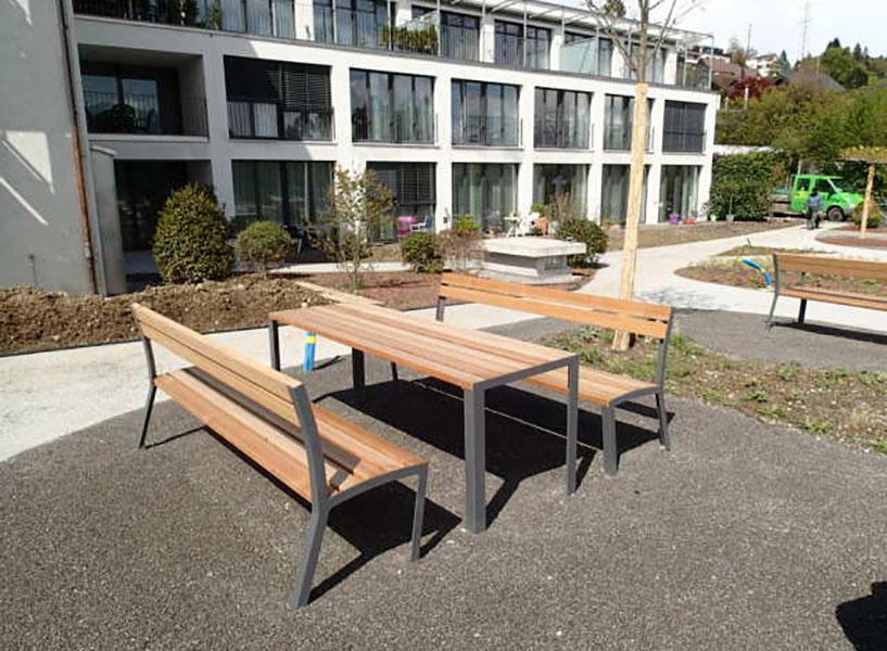 La Strada tafel voor parken, pleinen,  winkelcentra en kantoren of flats