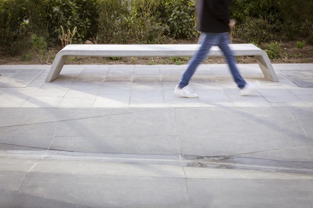 Mimetic bank ideaal voor de buitenruimte