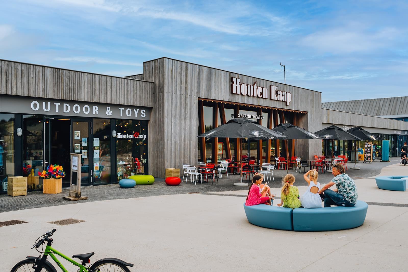 Loop Arc bank - Strandtheater Houten Kaap