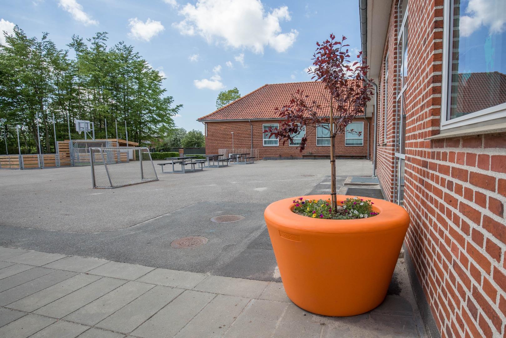Loop Cone plantenbak geschikt voor scholen en universiteiten
