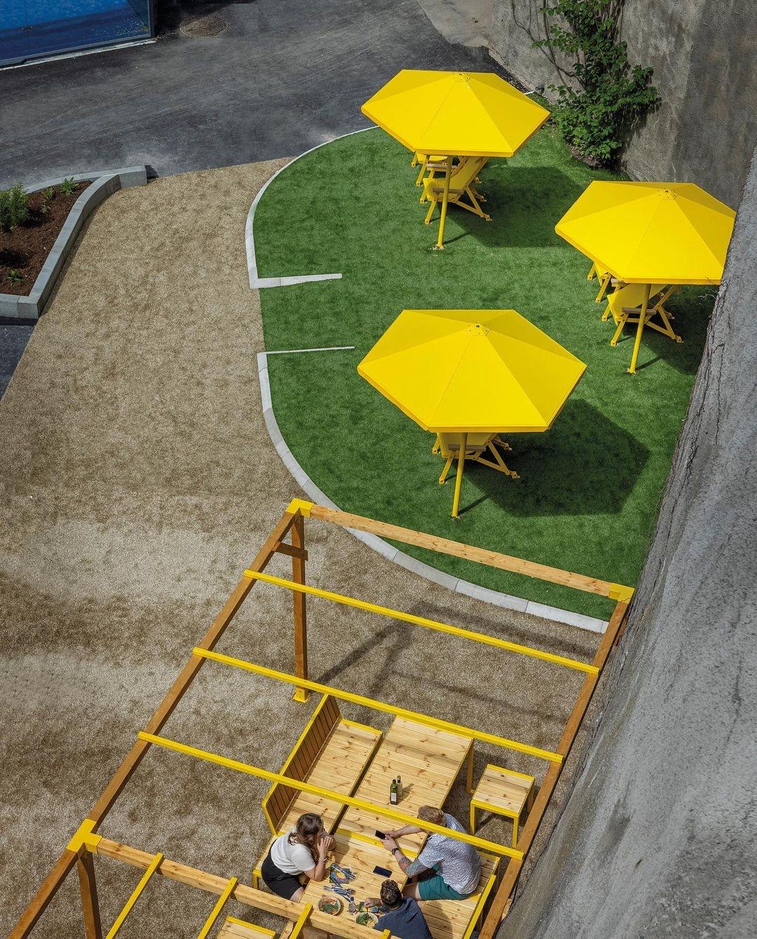 Four seasons parasol - voor recreatie en parken