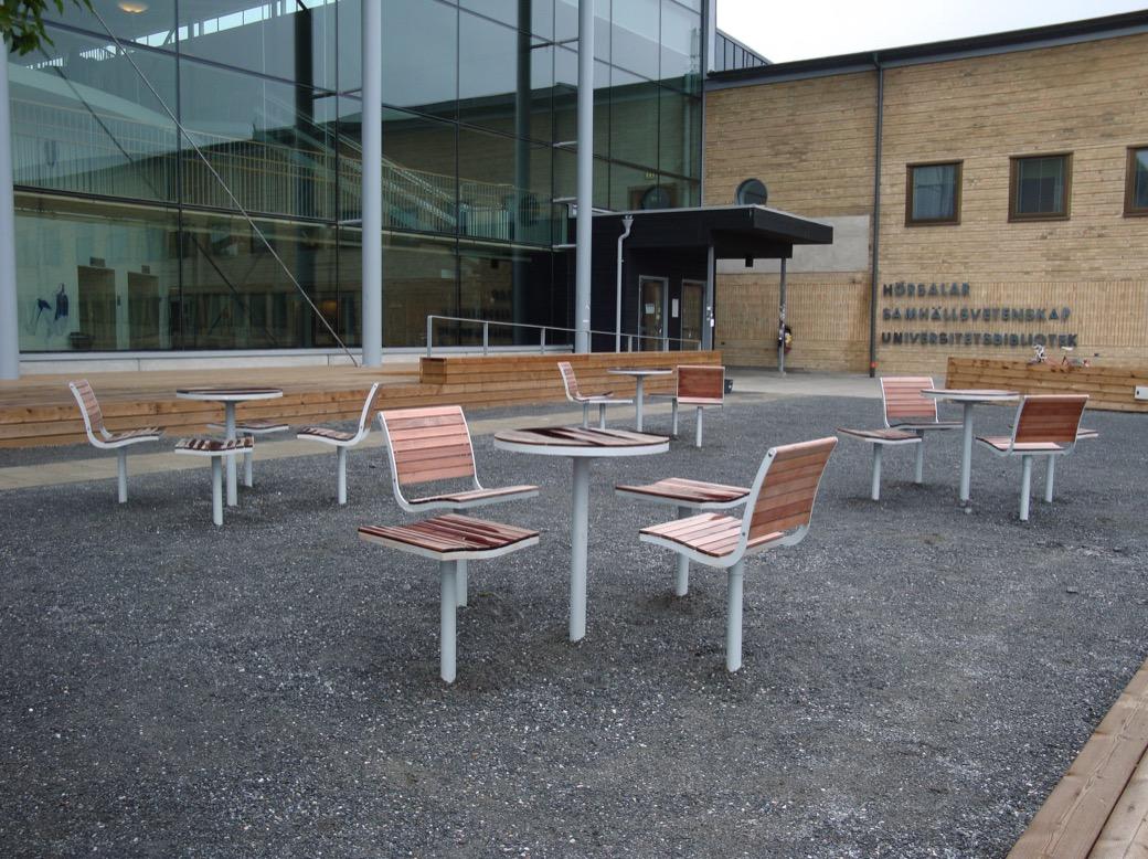 Parco stoel geschikt voor buitenplaatsen van kantoren en horeca