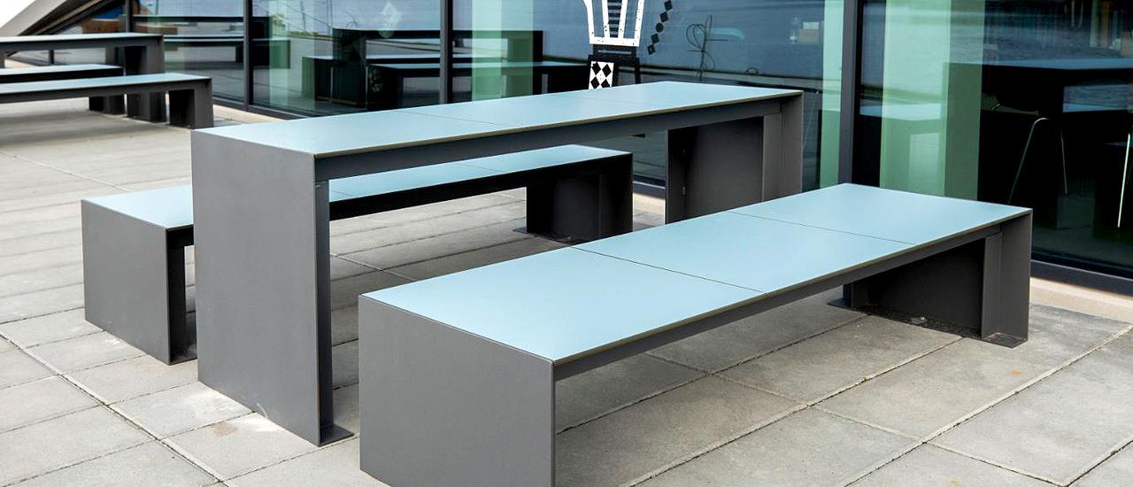 Passepartout HPL Tafel frame van beton en zit gemaakt van HPL