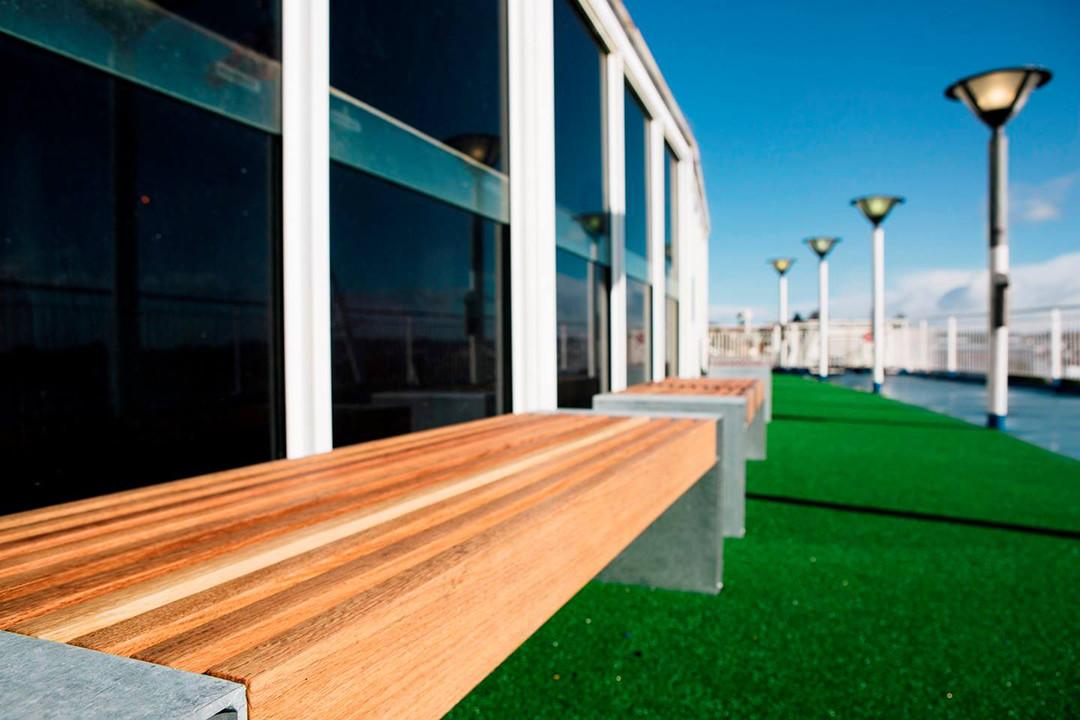 Paxa bank is geschikt voor de binnen- en buitenruimte