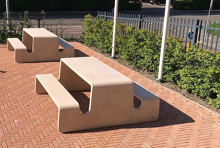 Piicknicktafel Tour van gewapend UHPC beton