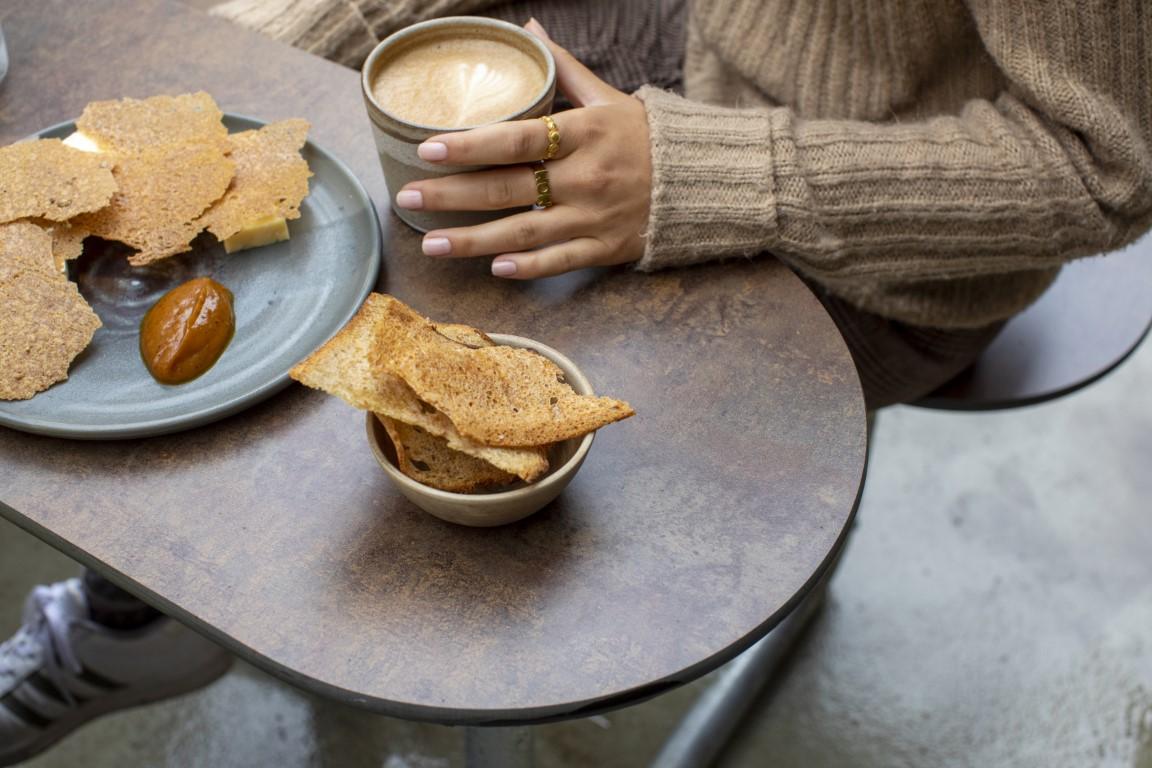 Picknicktafel gemaakt van HPL en weersbestendig