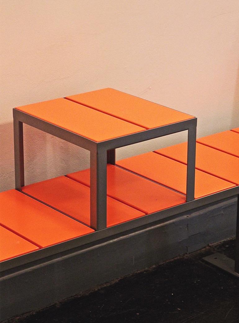 Sidewalk bank ook beschikbaar als stoel en krukje