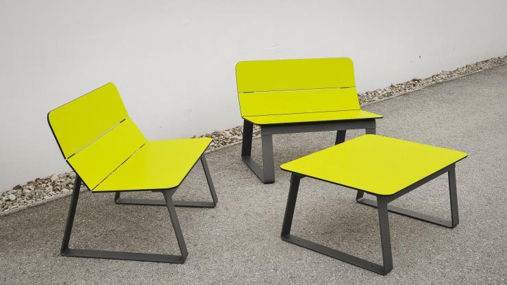 Superfly stoel voor een gezellige en kleurrijke omgeving