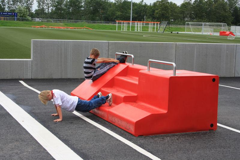 Fitstation sporttoestel geschikt voor scholen en recreatiegebieden
