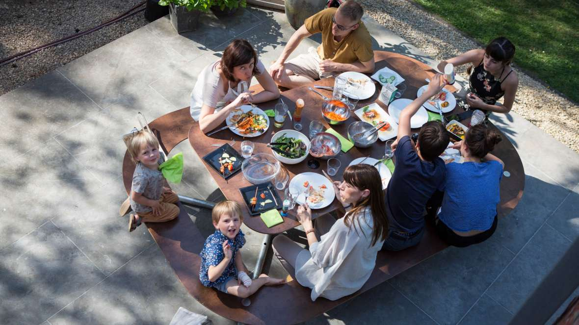Plateau-O picknicktafels rond - heerlijk lunchen