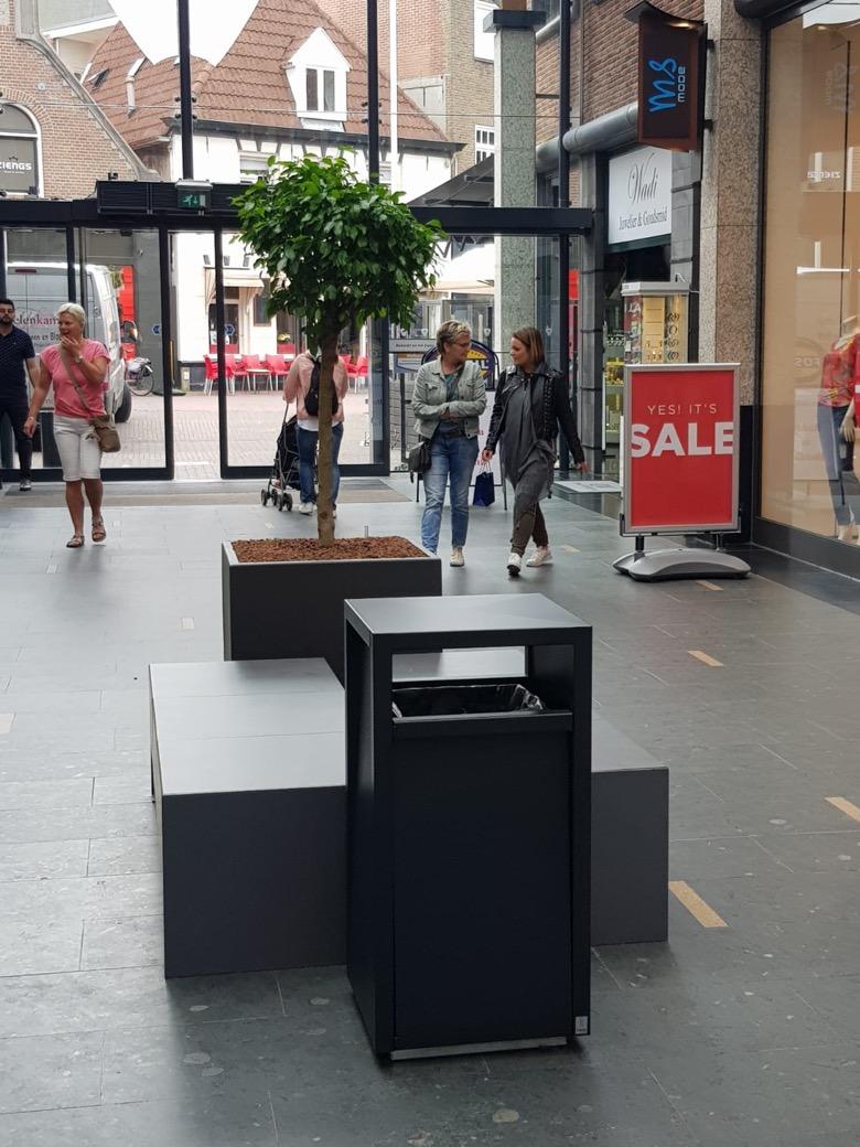 Afvalbak Frame Winkelcentrum De Driehoek Enschede