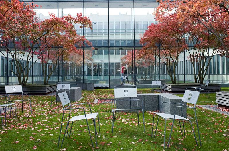 Amager stoel voor kantoren, horeca en buitenplaatsen