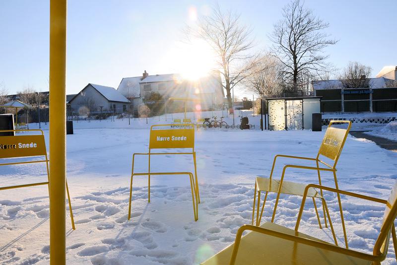 Amager stoel is gemaakt van staaldraad en staalplaat