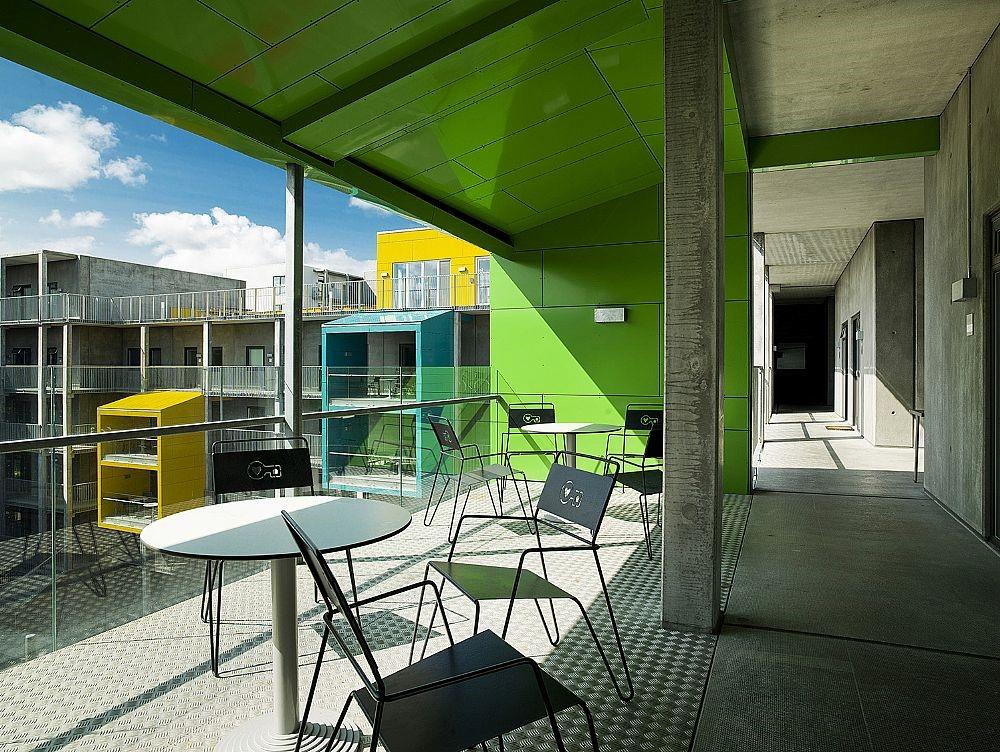 Amager stoel geschikt voor de openbare binnen- en buitenruimte