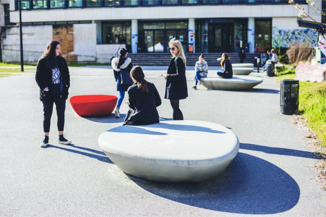 Supercell zitelementen - voor op het schoolplein