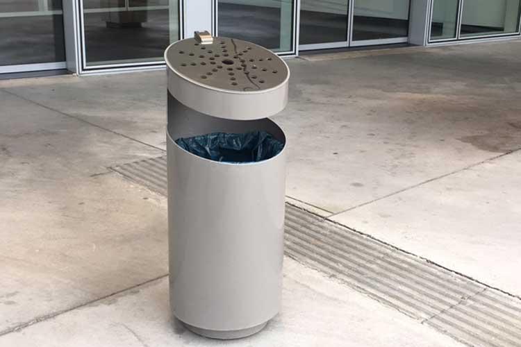 Tubo afvalbak met geïntegreerde asbak