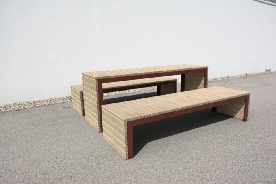 Woodrow tafel voor de openbare ruimte waaronder ook de Woodrow bank