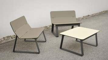 Superfly stoel met bijpassende Superfly bijzettafel