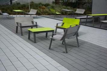 Superfly tafel - geschikt voor openbare binnen- en buitenruimtes